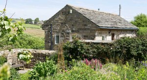 Pack Horse Stables holiday cottage in the early summer